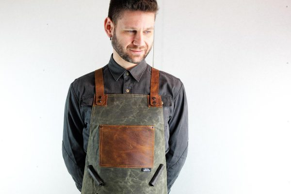 Waxed Canvas and Genuine Leather Chuck Apron - 2