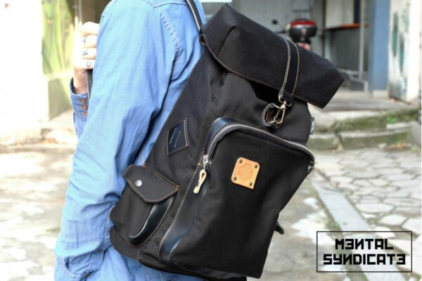 Loot Canvas Backpack Black - 0