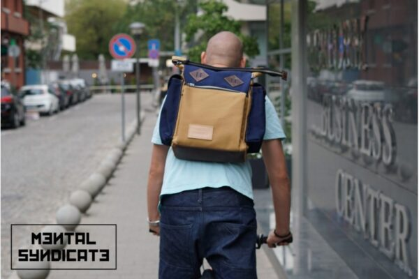 Canvas ''Snap'' Backpack - 4