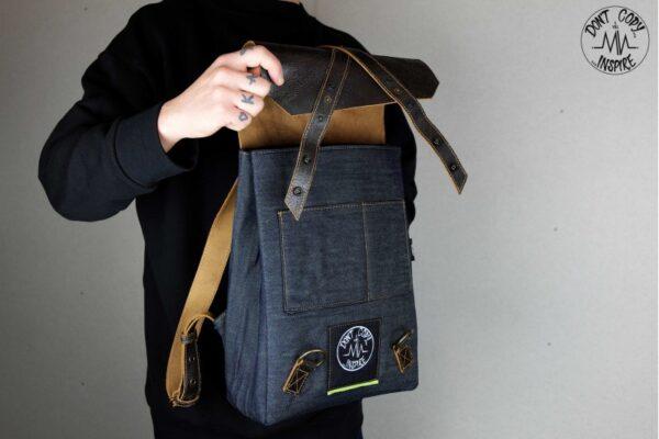 ''V'' Backpack 5 YRS - 0