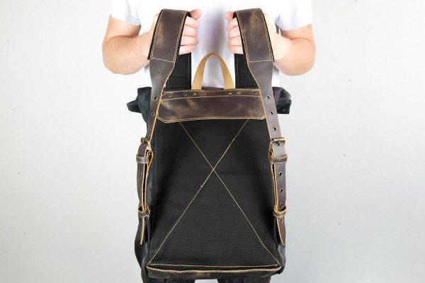 Roll Top Backpack BLCK WAX - 5
