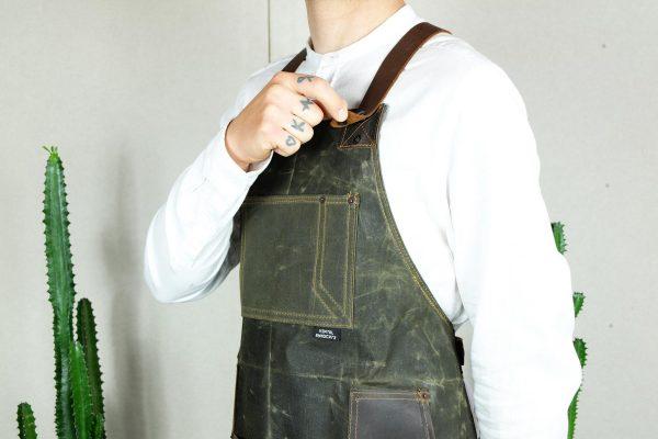 Waxed Canvas & Genuine Leather ''Chuck'' Apron RG - 1